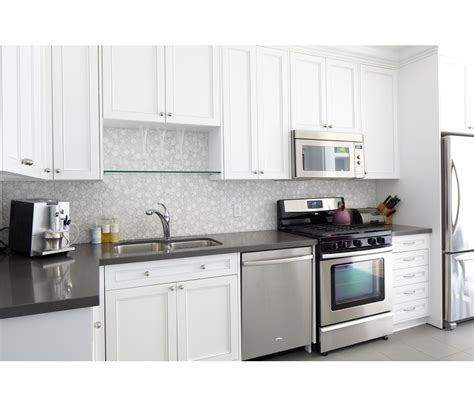 hgtv kitchen backsplash kitchen ideas design cabinets islands backsplashes hgtv