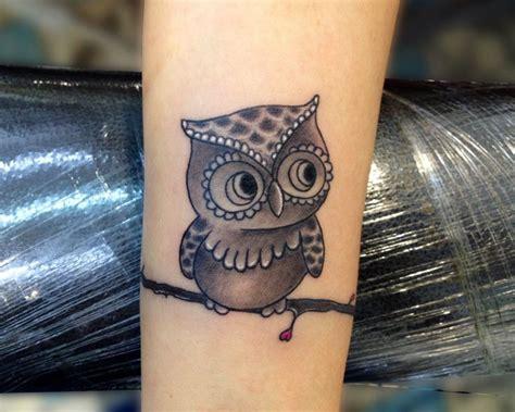 por vida tattoos tatuando sabidur 237 a en la piel s 237 mbolo de por vida y para