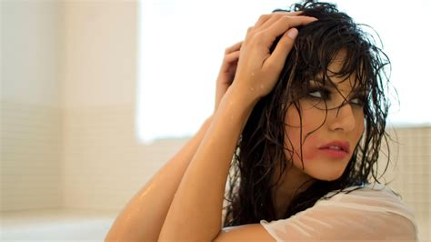 wallpaper full hd hot hot wallpapers sunny leone non nude hot full hd wallpapers