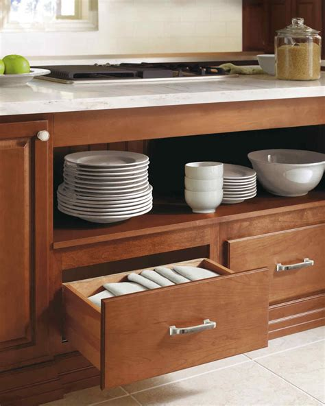 Martha Stewart Kitchen Table Kitchen Storage Ideas For The Ultimate Host Martha Stewart