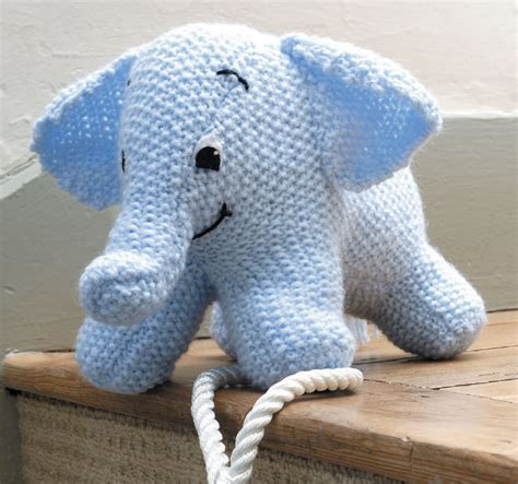 knitting patterns for elephants 16 knitted animal patterns the funky stitch