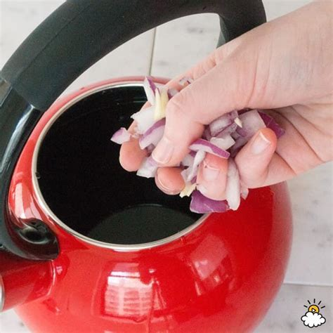 Detox From With Bandaid by Soak A Band Aid In Garlic Water Overnight To Pull The