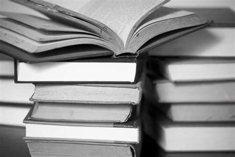 imagenes a blanco y negro de libros el blog de ethan enero 2012