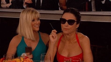 Reese Witherspoon Alone And Sad At The Golden Globes by Reese Witherspoon Gifs Wifflegif