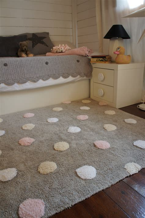 teppiche rosa grau tupfen teppich kinderteppich grau rosa aus baumwolle