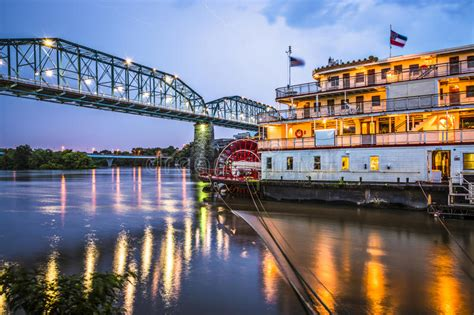 chattanooga paddle boat chattanooga tennessee stock photo image of delta