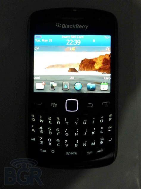 Hp Bb Apollo blackberry 9360 apollo desain ring berisi os 7 bawa aplikasi bbm dan store terbaru review