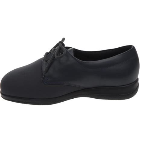 shoes for swelling cosy shoe for swollen