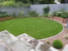 Small Square Garden Design Ideas Circular Lawn Vicki Garden Design Gardening Gardens Design And Plants