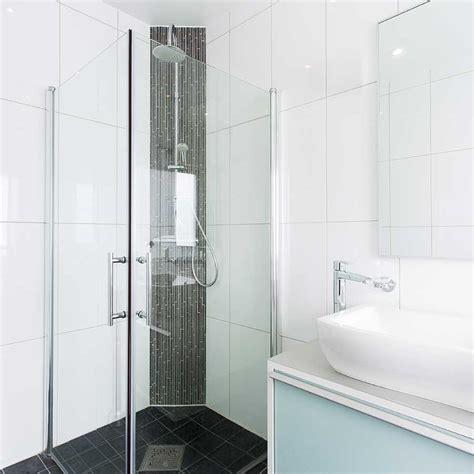 vetri per doccia su misura realizzazione box doccia a vetri