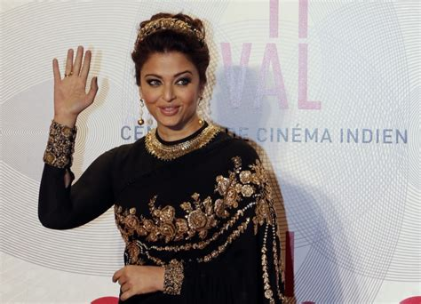 film bollywood lawas cannes film festival 2013 aishwarya rai bachchan stuns in