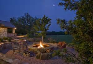 Fire Pit   Traditional   Landscape   austin   by Rick O'Donnell Architect