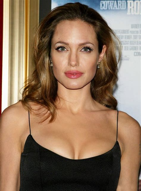 Women's Hairstyles: Angelina Jolie Medium Hairstyles For