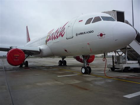 batik air emergency avolon delivers one airbus a320 200 to batik air