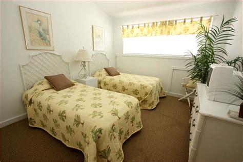 2 bedroom beach house rentals in gulf shores al gulf shores beach house gulf shores luxury 4 bedroom
