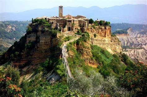 civita di bagno regio civita di bagnoregio czyli miasto na skale podr 243 że od