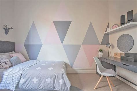 triangle bedroom design little liberty tween triangle briarly s room