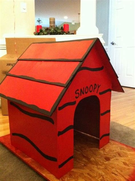 charlie brown dog house 25 best ideas about snoopy dog house on pinterest cardboard kids house puppy party