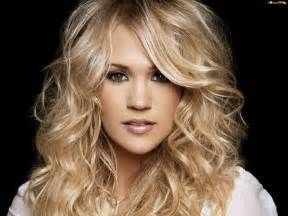 country singer with hair carrie underwood blond włosy tapeta na pulpit