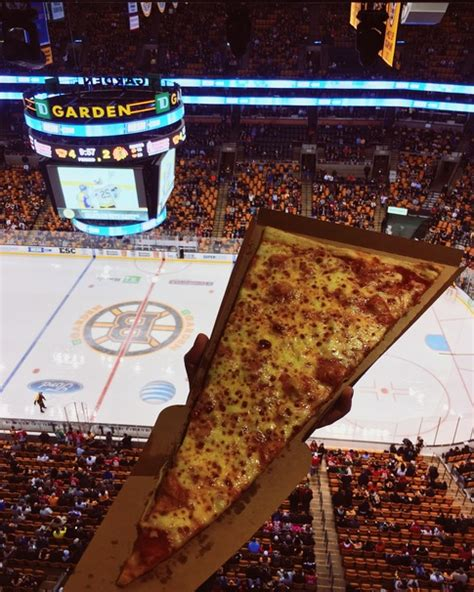 Places To Eat Near Td Garden by Where To Find The Best Food At Td Garden