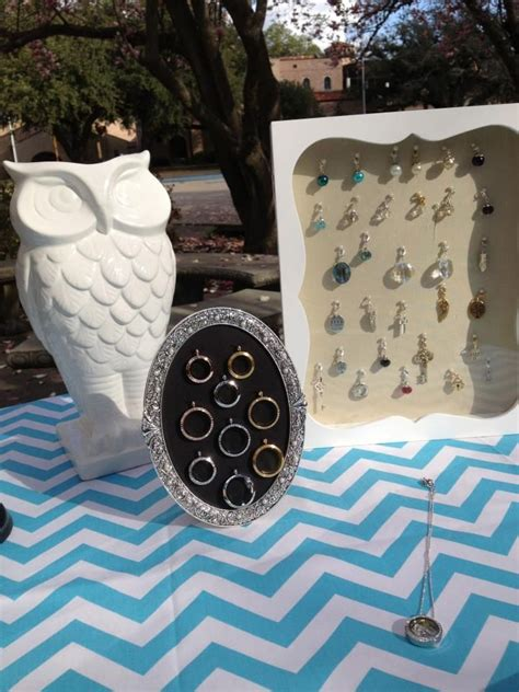 Origami Owl Jewelry Display - 11 best jewelry bar displays images on display