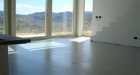 costo resina pavimento i pavimenti in resina pavimento da esterno