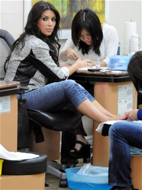 men getting nails polish at salon do you match your manicure to your pedicure allure