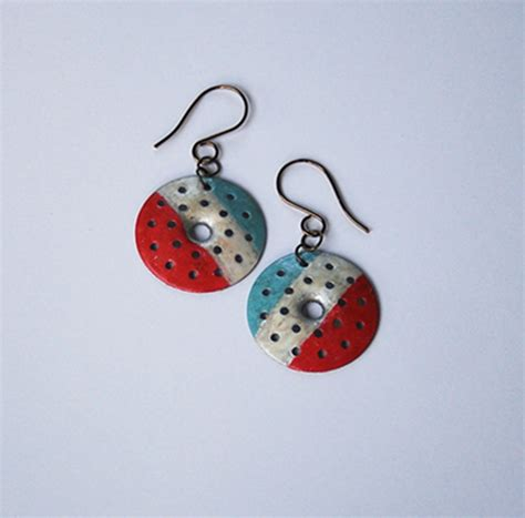 things to make jewelry how to make patriotic earrings from plaster buttons