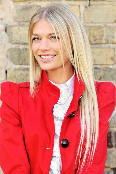 chin length wi long layers best layered hairstyles