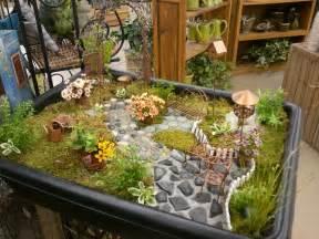 Garden Supply Shop Flowerland Is Busy Decorating Fruit Basket Flowerland