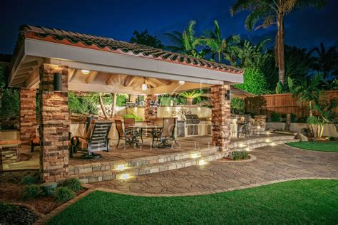 outdoor living spaces plans back yard with outdoor kitchen design 2017 2018 best