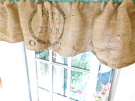 Cafe Style Kitchen Curtains Burlap Amp Buttons Burlap Sack Curtain Tutorial