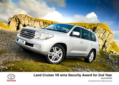 security system 2011 toyota land cruiser security system toyota land cruiser v8 wins security award for second year toyota uk media site