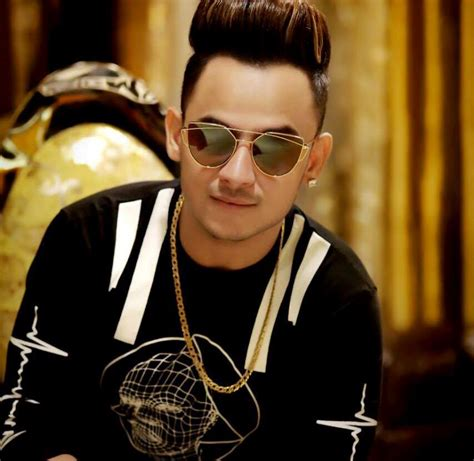milind gava hd images millind gaba wiki biography age weight height profile info