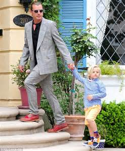 Gwen Stefani styles her dapper boys in the same suave