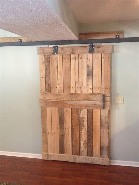Pallet Barn Door 1000 Images About Barn Doors On Pocket Doors Sliding Barn Door Hardware And Diy