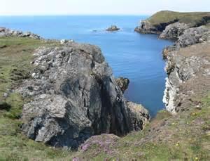 rugged coastline rugged coastline at clybyddiad 169 mat fascione cc by sa 2 0 geograph britain and ireland
