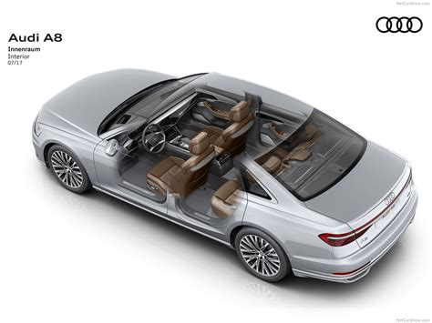 Audi A8 (2018) picture 38 of 78