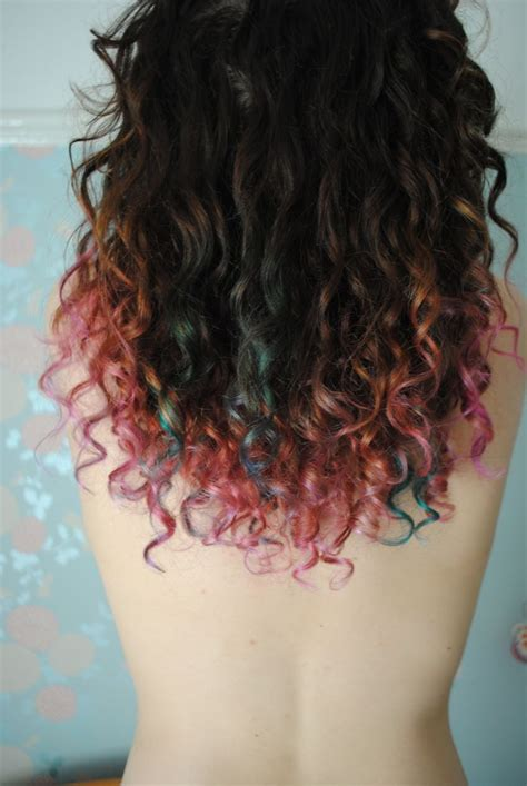 dyed curly hairstyles the 25 best dyed curly hair ideas on pinterest dying