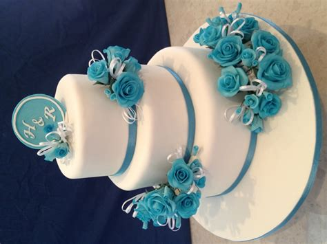 blue wedding cakes with flowers white wedding cake with blue flowers cakecentral