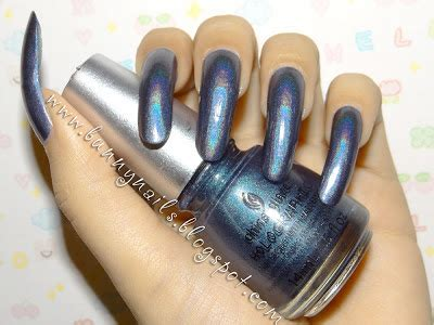 rubber st nail bunny nails china glaze hologlam on your moonboots