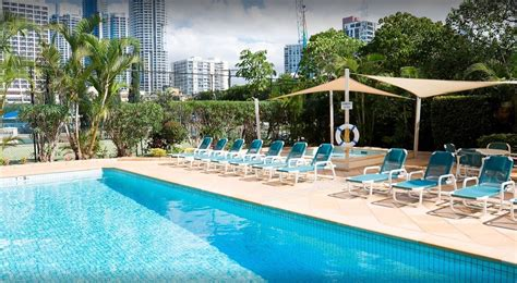 schoolies gold coast breakfree beachpoint accommodation