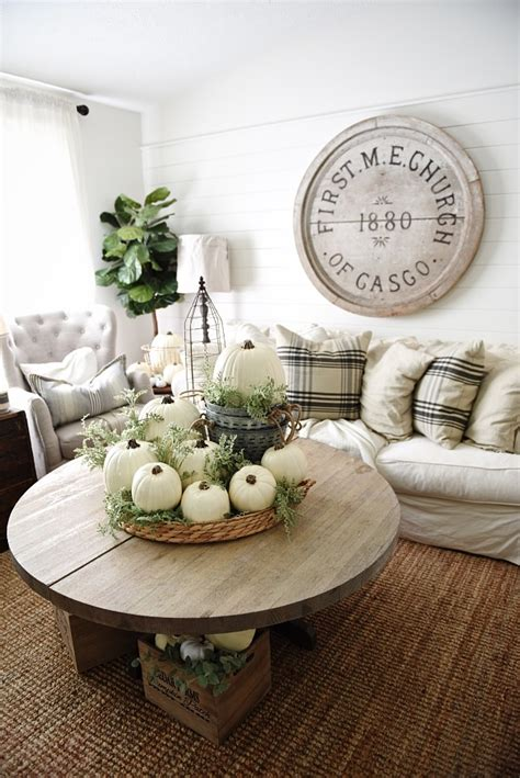 Home Decor Vase by Delicate Fall Decor Ideas For The Upcoming Autumn