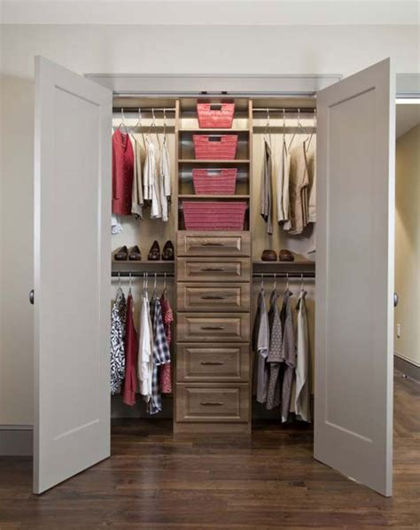 Small Walk In Closet Layout Small Walk In Closet Small Walk In Closet Layouts Studio Design Gallery Best Design