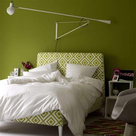 white and green bedroom bedroom colour schemes colourful bedrooms bedroom colours