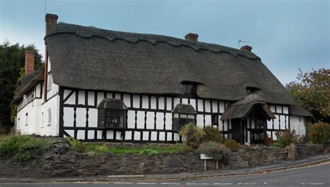 Large Cottages Panoramio Photo Of Large Thatched Cottage At Cropston