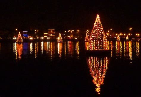 xmas lights eurekaca california travel california vacation ideas places to see things to do cities