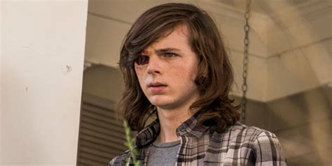 morgan grimes hairstyle the walking dead fans react to chandler riggs new haircut
