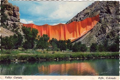 valley curtain christo found christo and jeanne claude s the valley curtain gwarlingo