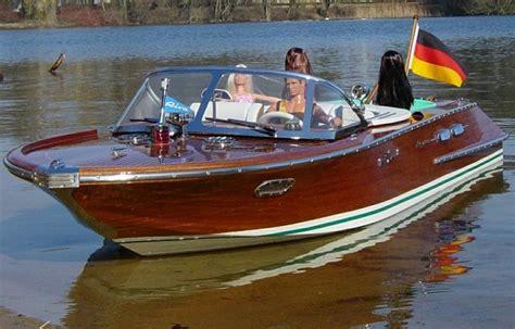 motorboot richtig starten riva aquarama final thema anzeigen blend polis